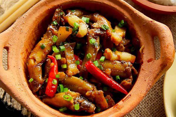 Ngày phụ nữ Việt Nam 20/10 nên ăn gì ? ăn ở nhà hàng nào ngon tại tphcm ?